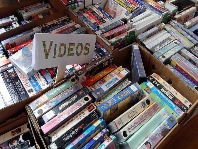 VHS-tapes-675x506 Top 10 Outdated Technologies Will Be Used Till 2019