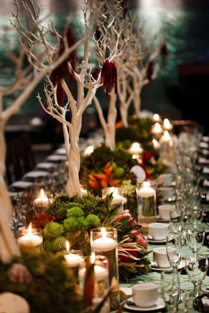 Wedding-Christmas-dinner-table-675x1010 8 Festive Tips for a Christmas-Themed Wedding