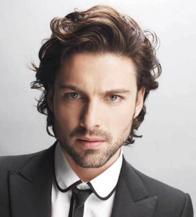 Windswept-Waves-hairstyle-for-men-675x747 2018 Trends: 6 Trendy Wavy Hairstyles For Men