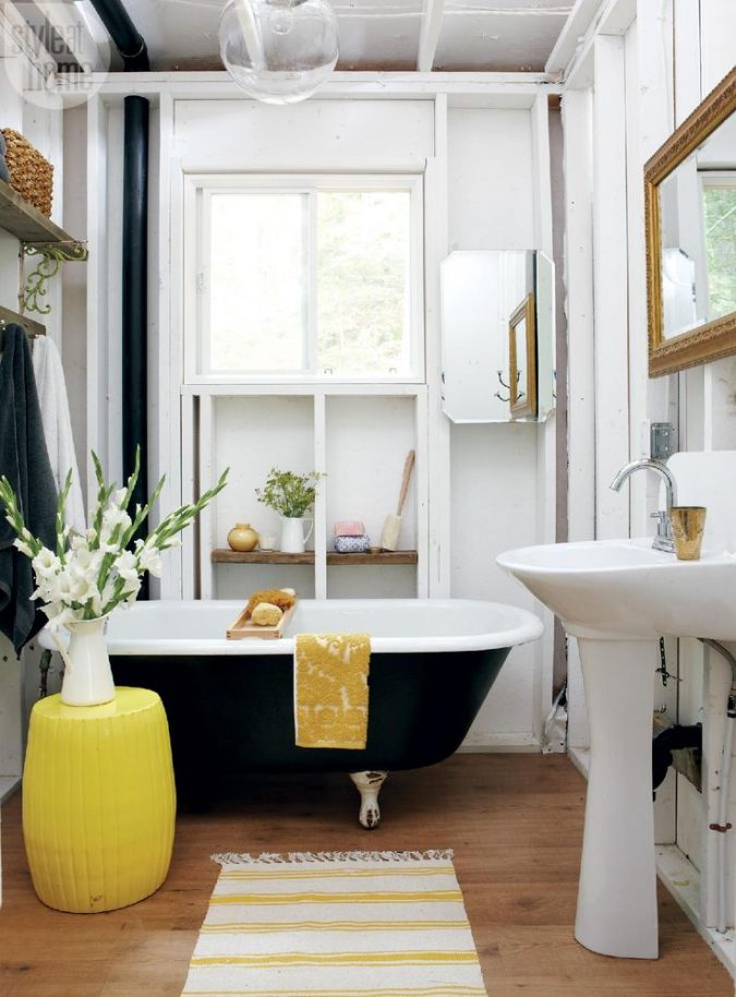 bathroom-decor-for-summer-675x914 Top 10 Best Summer Decor Ideas for 2020