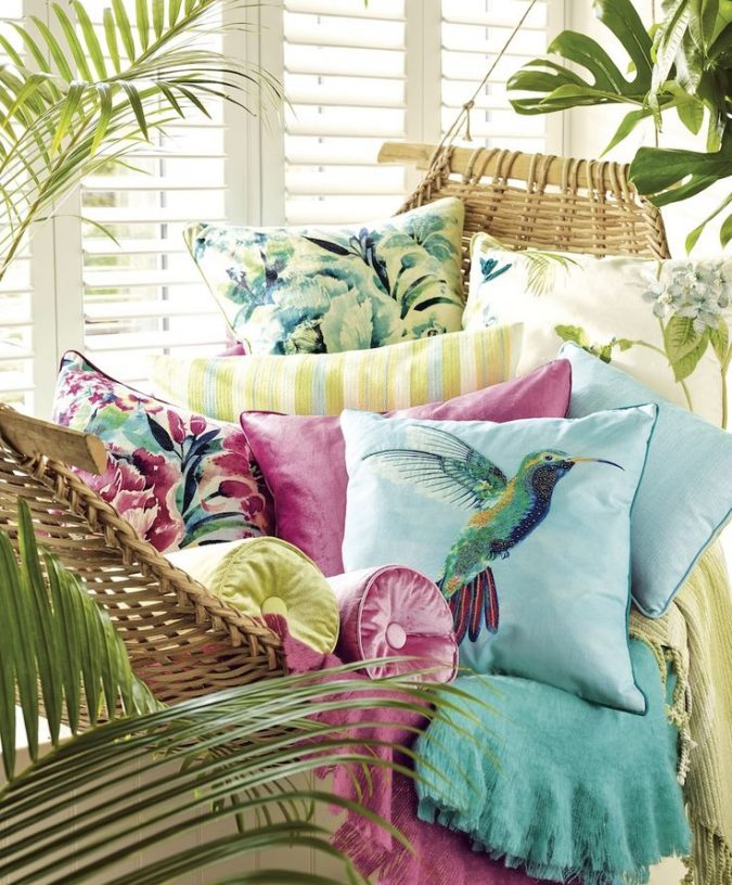 beach-house-decor-spring-summer-675x816 Top 10 Best Summer Decor Ideas for 2018