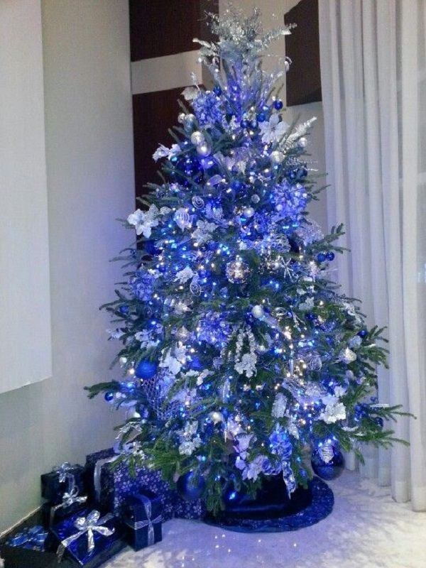 blue-Christmas-tree Top 10 Christmas Decoration Ideas & Trends 2019/2020