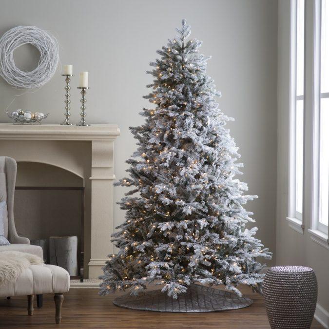 christmas-tree-675x675 Top 10 Outdoor Christmas Light Ideas for 2020