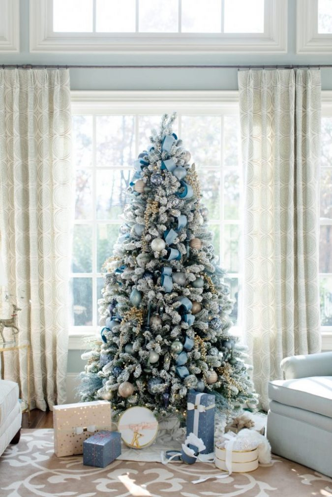 christmas trees blue and gold decoration 2 675x1012 top - Blue Christmas Decorations Ideas