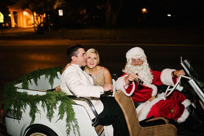 christmas-wedding-santa-driving-the-bride-and-grome-675x450 8 Festive Tips for a Christmas-Themed Wedding