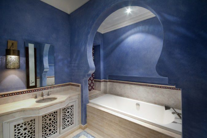classic-Arabian-bathroom-design-675x449 Top 10 Master Bathrooms Design Ideas for 2018