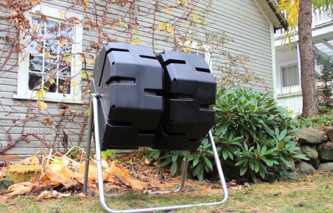 composter-4-675x432 How to Choose the Right Composter