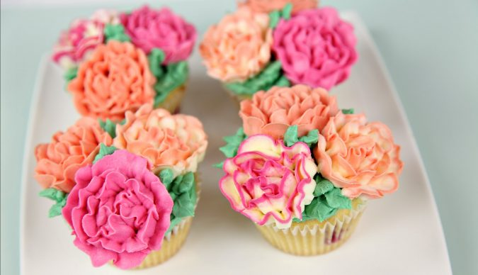 flower-cupcakes-garden-party-675x388 Top 10 Best Spring Party Ideas for 2018