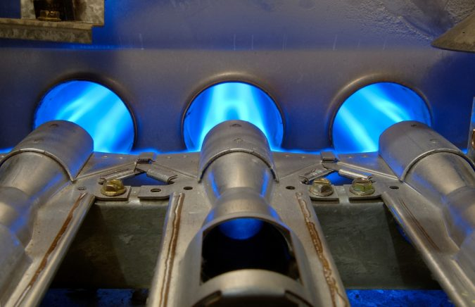 furnace-repair-service-gas-burner-675x436 7 Most Common Furnace & heating Problems