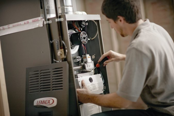 furnace-repair-technician-675x450 7 Most Common Furnace & heating Problems