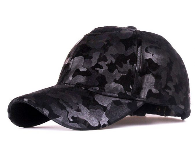 glossy-and-matte-camouflage-pattern-hat-for-men-675x521 8 Catchy Hat Trends for Men & Women in Summer 2018