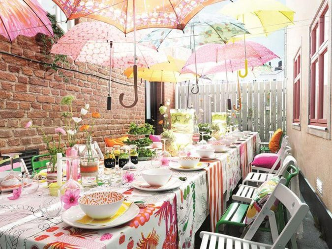 idees-deco-recevoir-amis-repas-entre-maison-675x507 Top 10 Best Spring Party Ideas for 2018