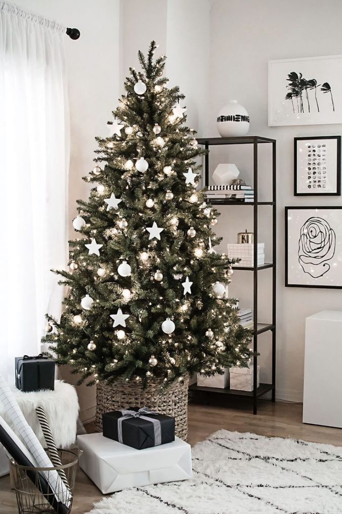 ikea-christmas-tree-with-white-decoration-675x1013 Top 10 Christmas Decoration Ideas & Trends 2019/2020