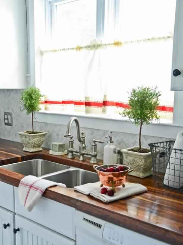 kitchen-decor-for-summer Top 10 Best Summer Decor Ideas for 2020