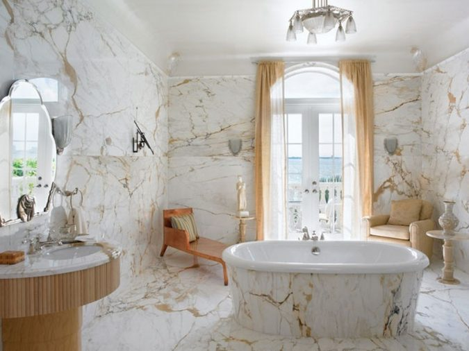 luxurious-marble-bathroom-675x506 Top 10 Master Bathrooms Design Ideas for 2018