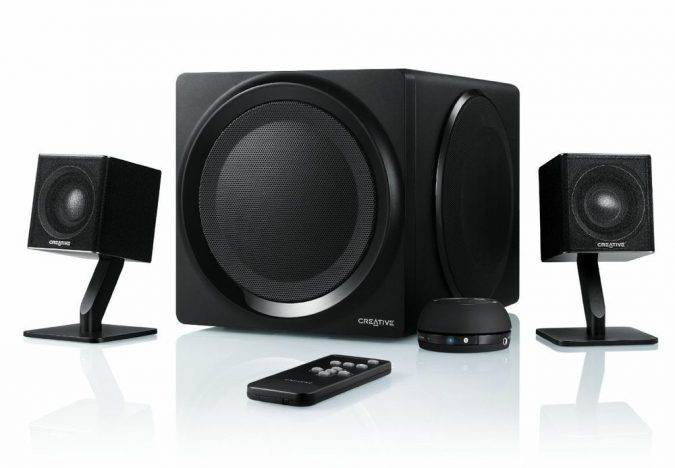 men-gifts-Sound-System-675x468 10 Must-Have Christmas Gift Ideas for Men In 2020