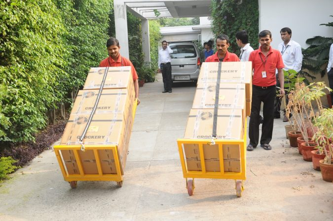moving-and-packing-service-2-675x448 How to Find the Best Packers and Movers in Bangalore?