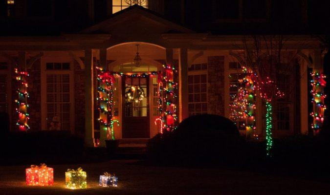 multicolor-christmas-lights-columns-large-outdoortions-675x399 Top 10 Outdoor Christmas Light Ideas for 2020