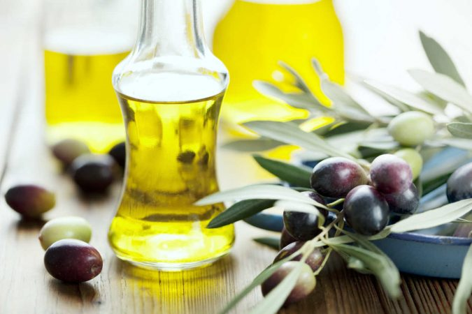 olive-oil-2-675x450 Top 10 Best Hair Masks for Color Treated Hair
