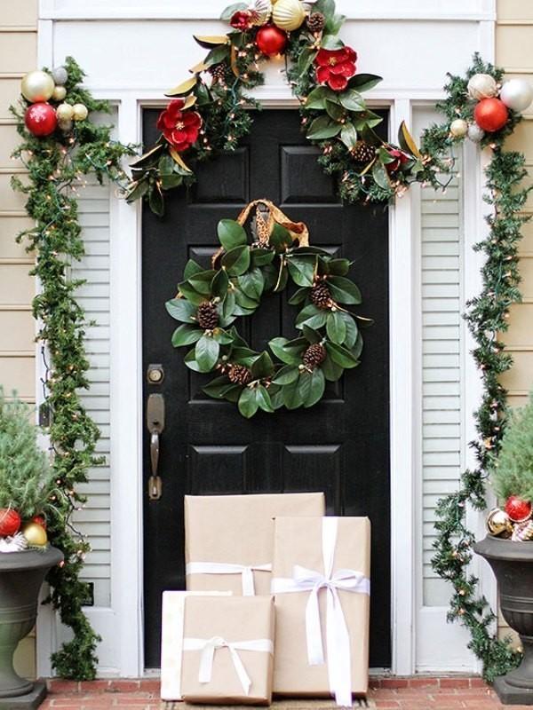 outdoor-Christmas-decoration-102 91+ Adorable Outdoor Christmas Decoration Ideas in 2020