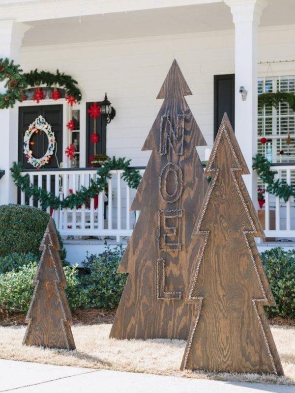 outdoor-Christmas-decoration-104 91+ Adorable Outdoor Christmas Decoration Ideas in 2020