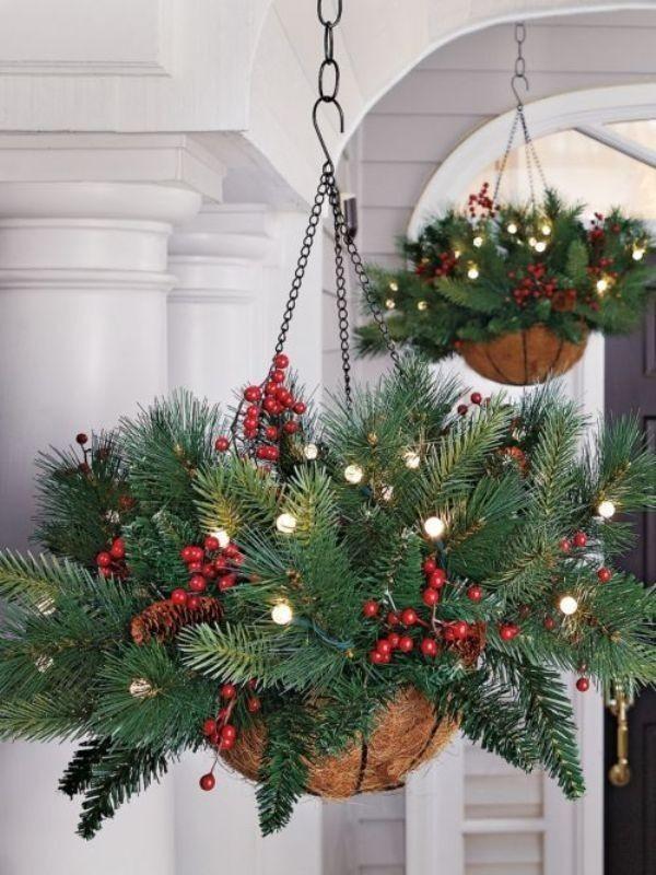 outdoor-Christmas-decoration-111 91+ Adorable Outdoor Christmas Decoration Ideas in 2020