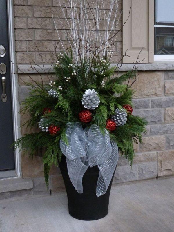 outdoor-Christmas-decoration-113 91+ Adorable Outdoor Christmas Decoration Ideas in 2020