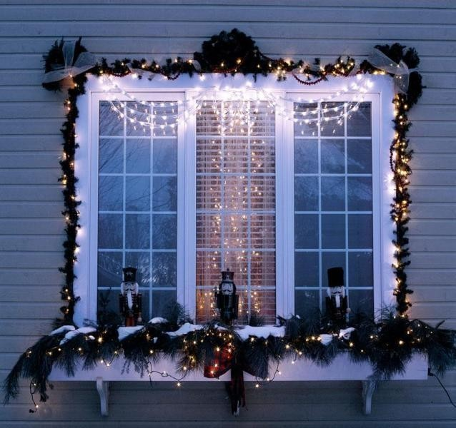outdoor-Christmas-decoration-116 91+ Adorable Outdoor Christmas Decoration Ideas 2018