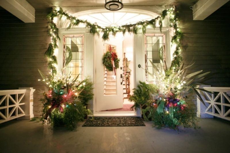 outdoor-Christmas-decoration-129 91+ Adorable Outdoor Christmas Decoration Ideas 2018
