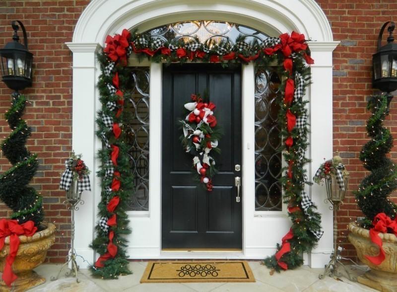 outdoor-Christmas-decoration-131 91+ Adorable Outdoor Christmas Decoration Ideas in 2020