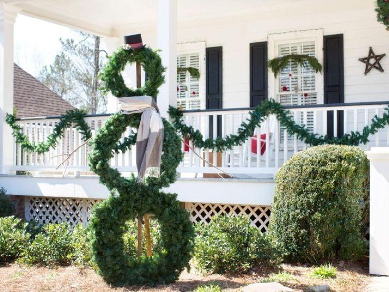 outdoor-Christmas-decoration-137 91+ Adorable Outdoor Christmas Decoration Ideas in 2020