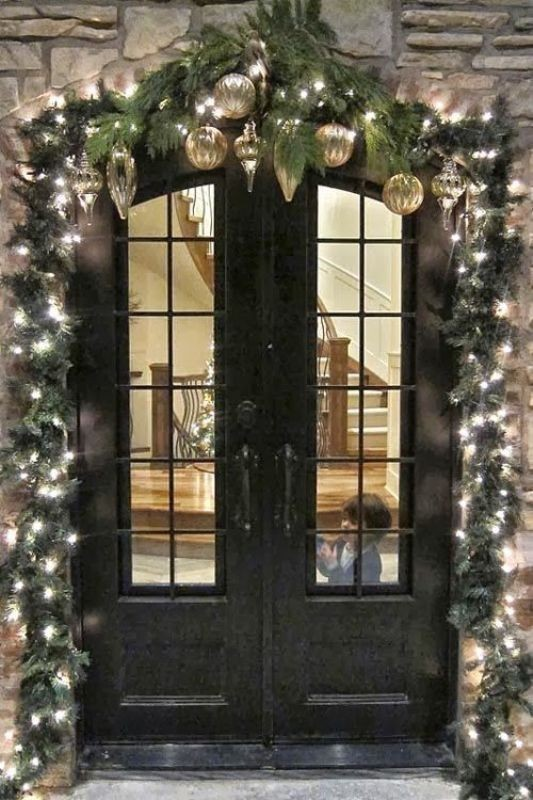 outdoor-Christmas-decoration-29 91+ Adorable Outdoor Christmas Decoration Ideas in 2020