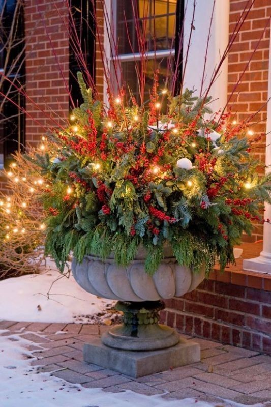 outdoor-Christmas-decoration-34 91+ Adorable Outdoor Christmas Decoration Ideas in 2020