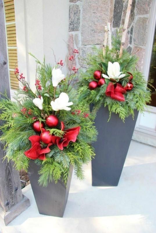 outdoor-Christmas-decoration-41 91+ Adorable Outdoor Christmas Decoration Ideas in 2020