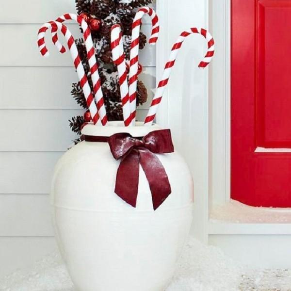 outdoor-Christmas-decoration-53 91+ Adorable Outdoor Christmas Decoration Ideas in 2020