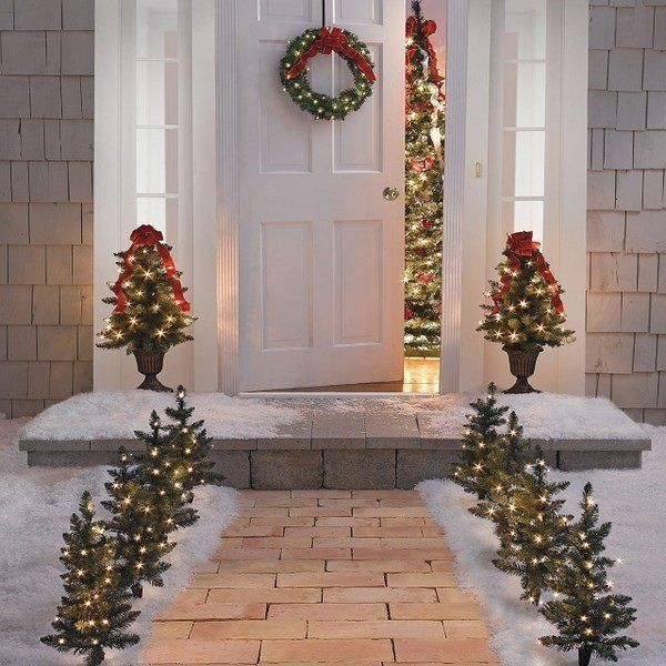 outdoor-Christmas-decoration-55 91+ Adorable Outdoor Christmas Decoration Ideas 2018