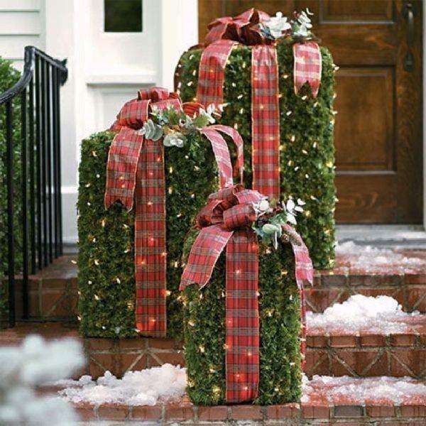 outdoor-Christmas-decoration-58 91+ Adorable Outdoor Christmas Decoration Ideas in 2020