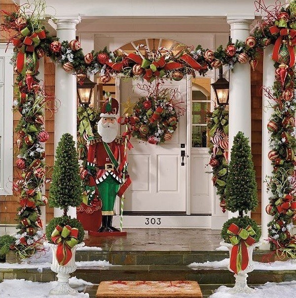 outdoor-Christmas-decoration-67 91+ Adorable Outdoor Christmas Decoration Ideas in 2020