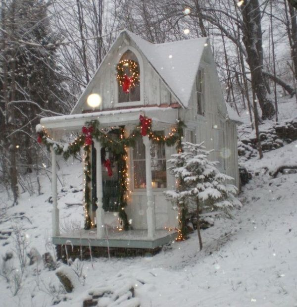 outdoor-Christmas-decoration-68 91+ Adorable Outdoor Christmas Decoration Ideas 2018
