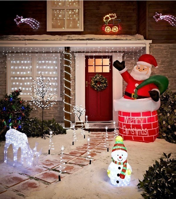 outdoor-Christmas-decoration-76 91+ Adorable Outdoor Christmas Decoration Ideas 2018
