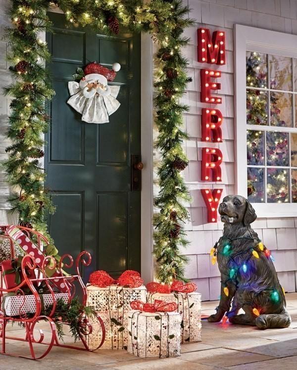 outdoor-Christmas-decoration-81 91+ Adorable Outdoor Christmas Decoration Ideas in 2020