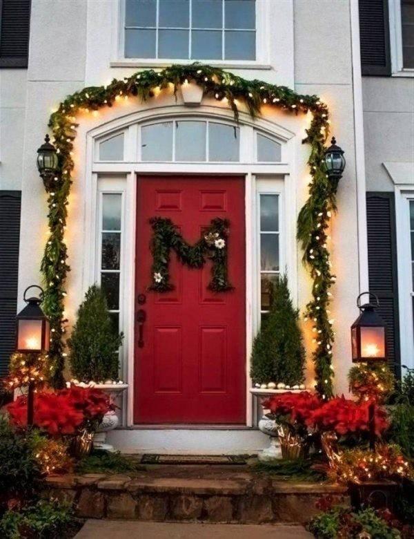 outdoor-Christmas-decoration-89 91+ Adorable Outdoor Christmas Decoration Ideas in 2020