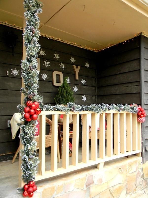 outdoor-Christmas-decoration-92 91+ Adorable Outdoor Christmas Decoration Ideas in 2020