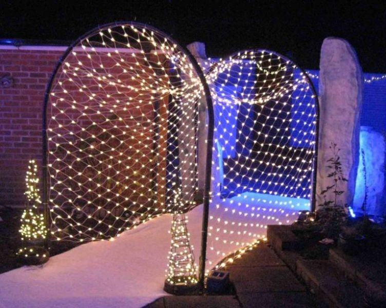 outdoor-Christmas-light-decoration-ideas-124 98+ Magical Christmas Light Decoration Ideas for Your Yard 2018