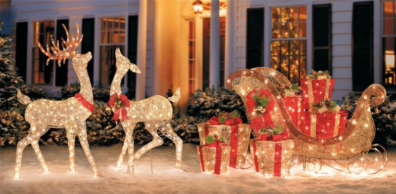 outdoor-Christmas-light-decoration-ideas-127 98+ Magical Christmas Light Decoration Ideas for Your Yard 2018