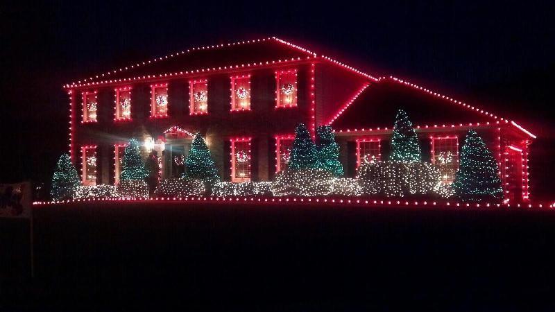 outdoor-Christmas-light-decoration-ideas-131 98+ Magical Christmas Light Decoration Ideas for Your Yard