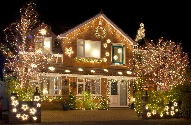 outdoor-Christmas-light-decoration-ideas-140 98+ Magical Christmas Light Decoration Ideas for Your Yard 2018