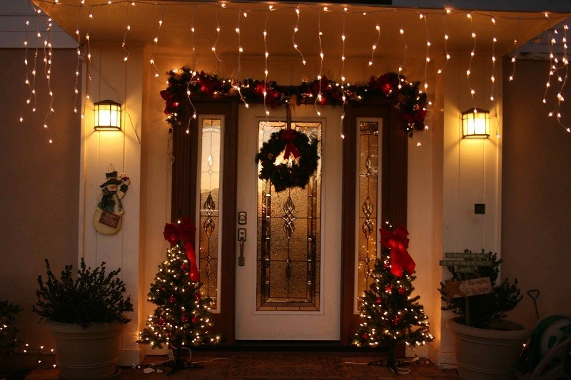 outdoor-Christmas-light-decoration-ideas-155 98+ Magical Christmas Light Decoration Ideas for Your Yard 2018