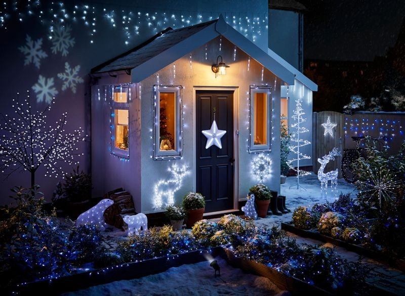 outdoor-Christmas-light-decoration-ideas-164 98+ Magical Christmas Light Decoration Ideas for Your Yard 2018