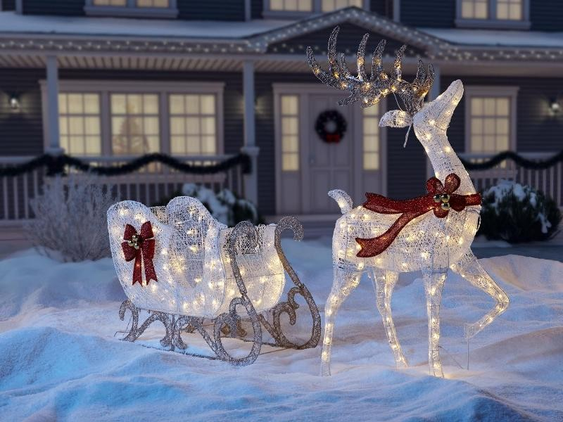 outdoor-Christmas-light-decoration-ideas-170 98+ Magical Christmas Light Decoration Ideas for Your Yard 2018